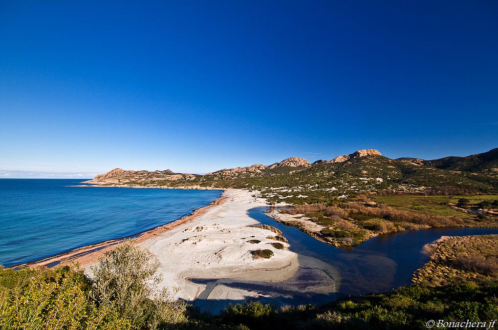 La plage de l'Ostriconi en Corse