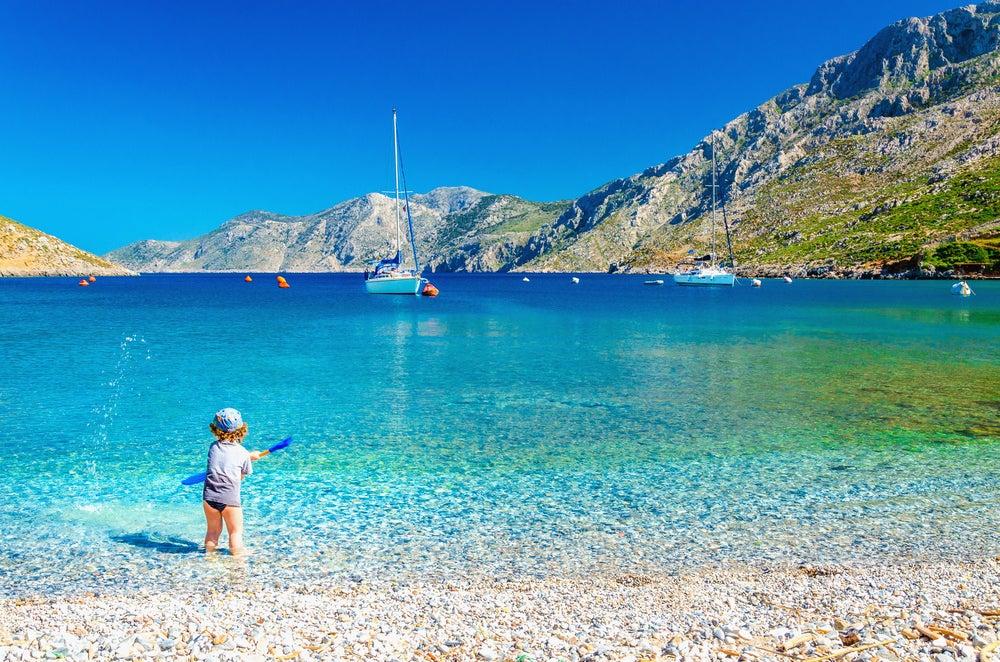corfou plage enfant grèce - blog GO Voyages