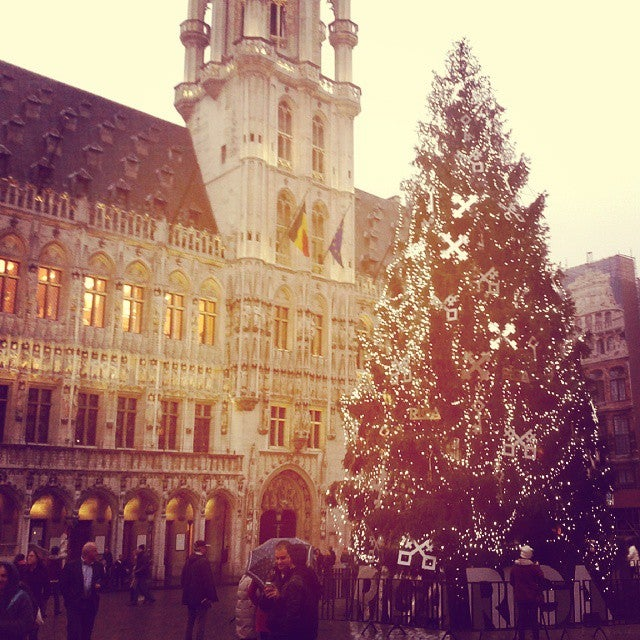 sapin grand place bruxelles