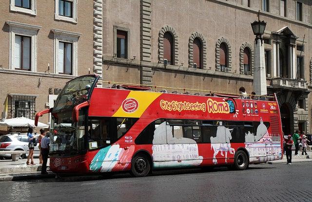 Bus touristique Rome
