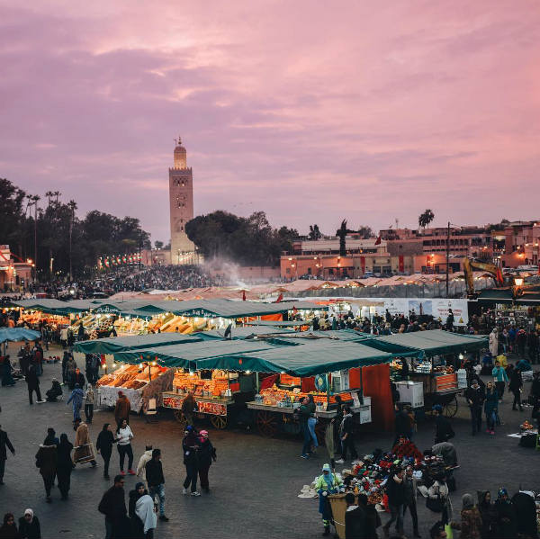 scene de rue marrakech - blog go voyages