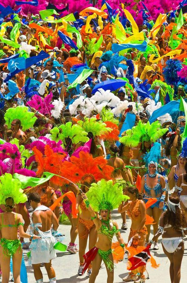 carnaval trinidad foule - blog go voyages