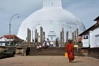 temple moine sri lanka - blog go voyages
