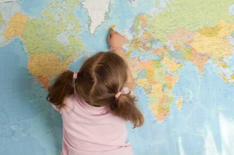 enfant carte du monde - blog go voyages