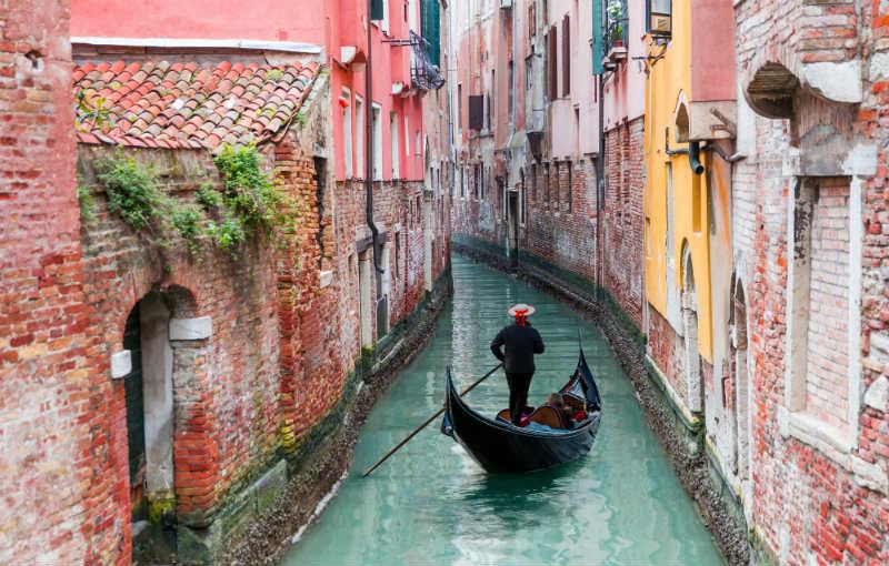 Vol Et Hotel Venise