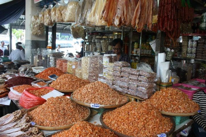 étals marché cambodge - blog GO Voyages