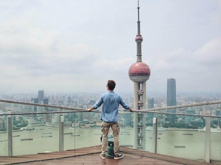 homme dos shangai alex vizeo - blog GO Voyages