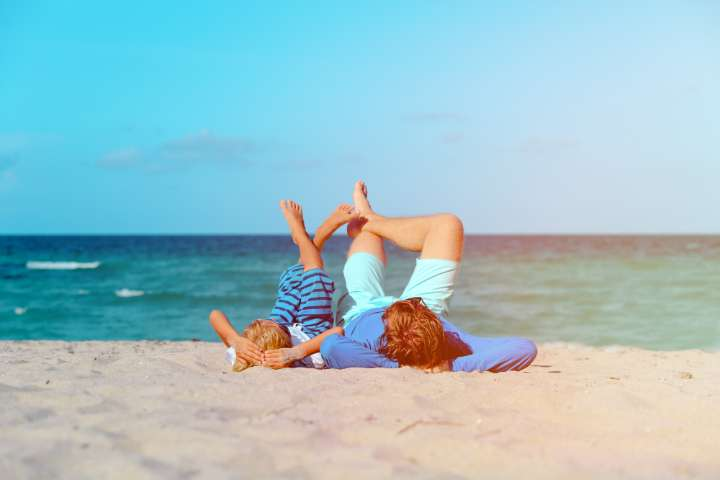 pere fils plage - blog go voyages